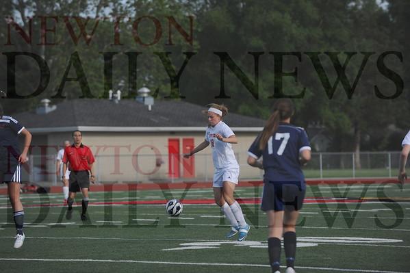 Newton girls soccer vs. Urbandale regional 6-2-2015