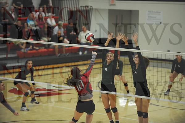 Newton volleyball vs. Pella 10-13-2015